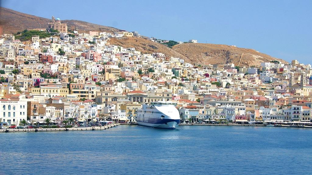 Ermoupolis-Harbor-1-Sailing-Syros-Cyclades-Greece