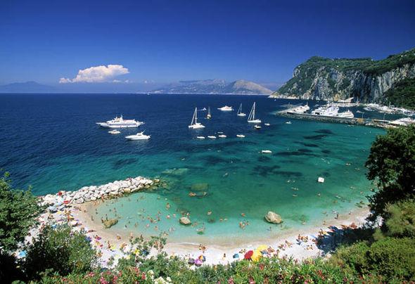 Sorrento-Italy-travel-Capri-933238