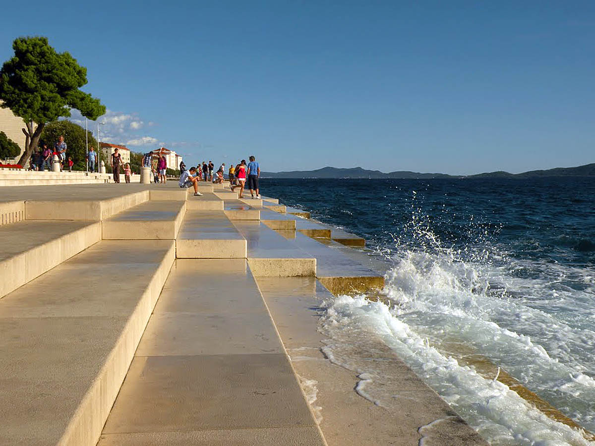Naberezhnaya-goroda-Zadar